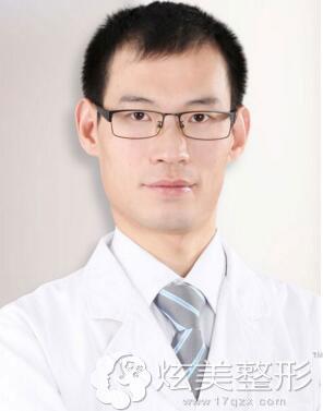 上海华美:齿科主任—张晓峰