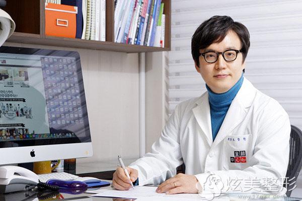 曹昌焕院长韩国童颜中心医生