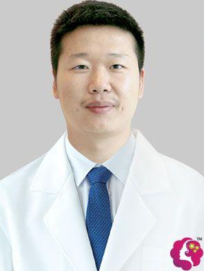 宁波牙博士正畸主任武文东