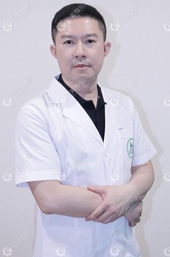 呼和浩特华医脂肪丰胸案例分享:填充500ml胸大2个罩杯