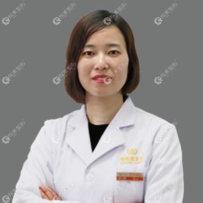 坐诊南京华美的王小林医生